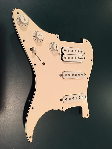 Fender Mexican Strat Pickups (SSH) with Pickguard