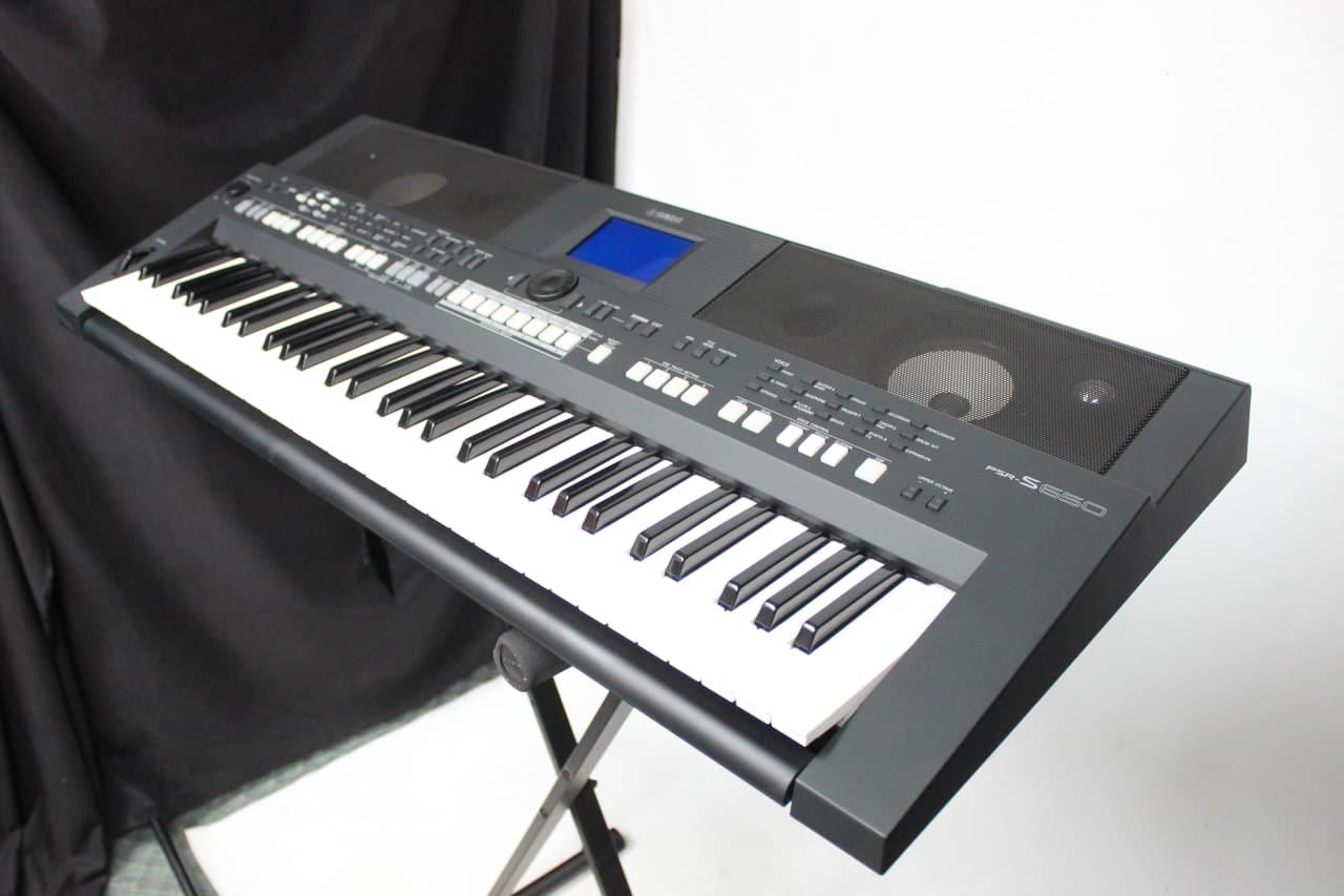Yamaha psr s650 61 key arranger synthesizer keyboard reverb for Yamaha piano keyboard 61 key psr 180