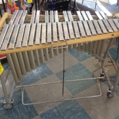 Used Deagan 3 Octave Vibraphone w/Foot Damper, Stand, and Locking Wheels