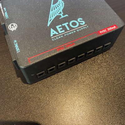 Walrus Audio Aetos 230V Clean Power Supply