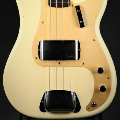 Fender Custom Shop 1959 Precision Bass Journeyman Relic - Aged Vintage White for sale