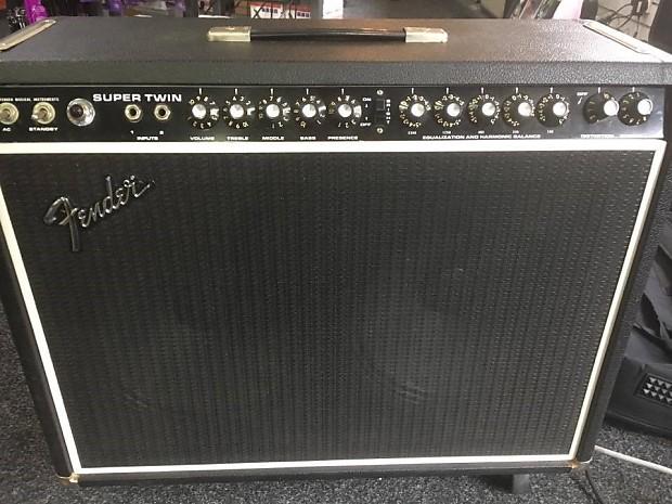 Fender Supersonic Twin : fender super twin guitar amplifier 1975 1976 used reverb ~ Hamham.info Haus und Dekorationen