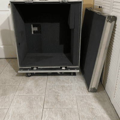4x12 Guitar Cabinet Calzone Road Case - Make an Offer!