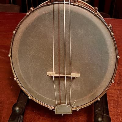 Gibson UB 2 Banjo Ukelele 1920s Dark Maple