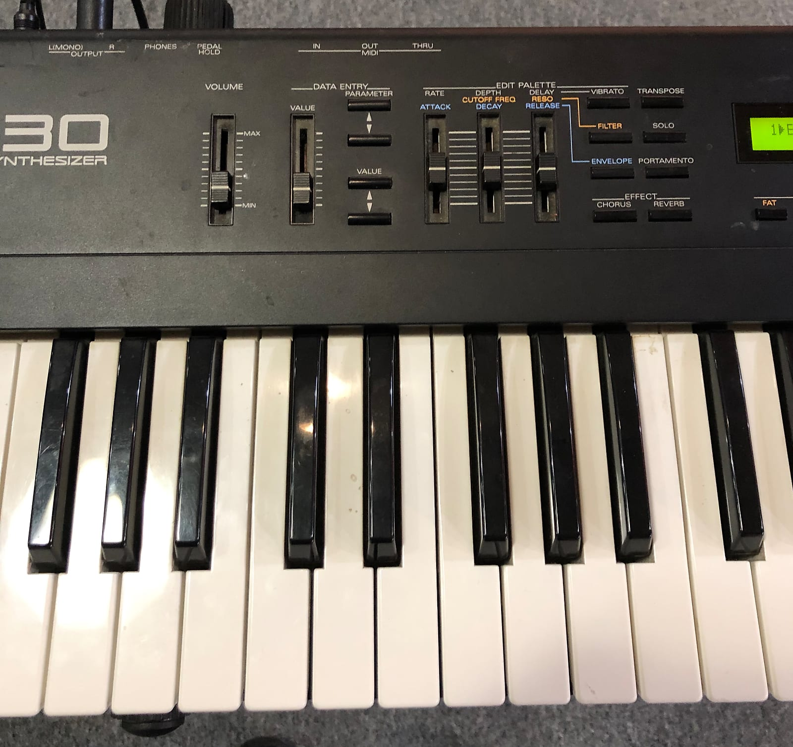 Roland JV-30 Full Set Of 56 Drucktasten Takt Panel Switches JV30