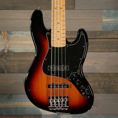 Fender Deluxe Active Jazz Bass® V, Maple Fingerboard, 3-Color Sunburst S/N MX18170222 for sale