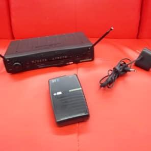 Samson wireless transmitter and receiver