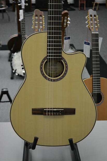 La Patrie Arena Mahogany CW QIT Acoustic Guitar