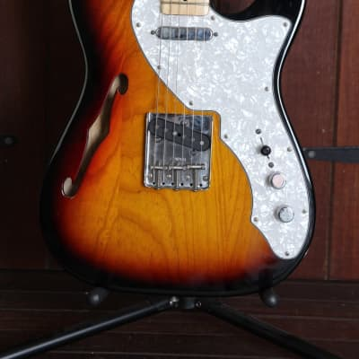 Fender Classic Series '69 Telecaster Thinline Sunburst Pre-Owned for sale