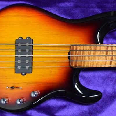 Ernie Ball Music Man BFR Fretless StingRay 5,  Sierra Burst w/Roasted Maple *LTD To 70 World Wide!