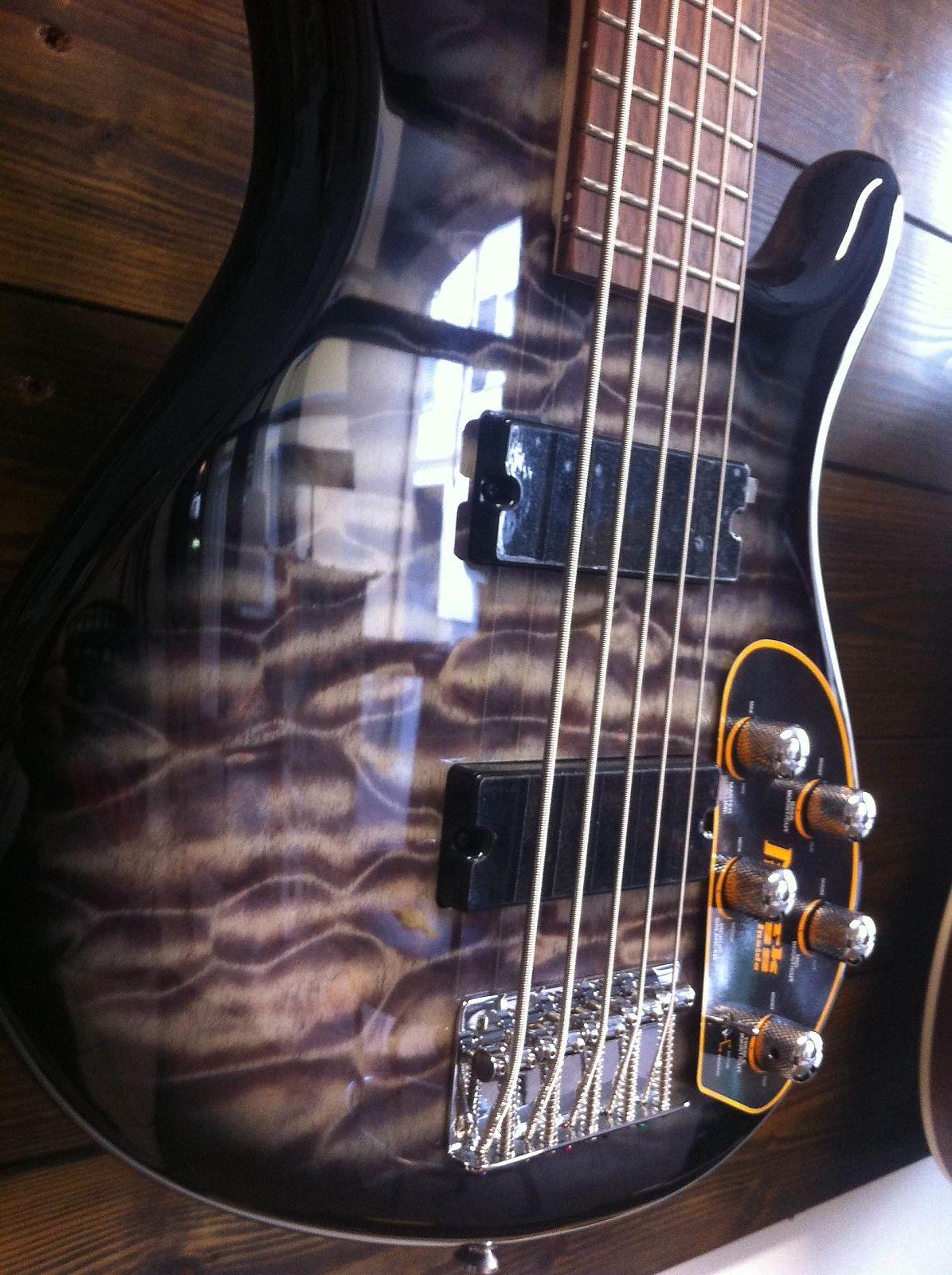 cort action dlx v plus fgb 5 string bass faded grey burst reverb. Black Bedroom Furniture Sets. Home Design Ideas