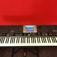Roland G70 Music Workstation