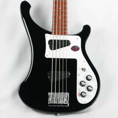 a guide to rickenbacker 4003 4001 and other basses reverb. Black Bedroom Furniture Sets. Home Design Ideas