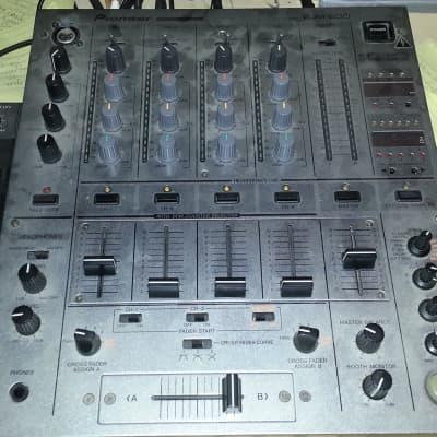 Pioneer DJM 600 Silver
