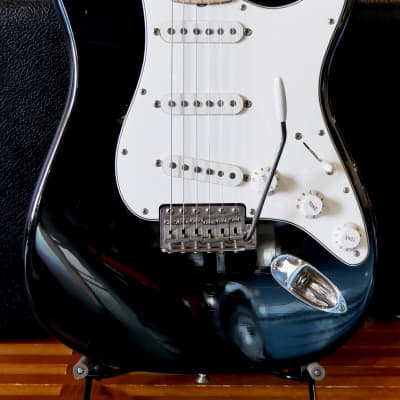 Fender Custom Shop 1969 Stratocaster Closet Classic Maple Cap 2002 Black for sale