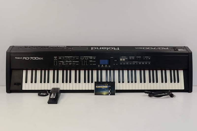 roland rd 700sx digital piano w sustain pedal fully tested reverb. Black Bedroom Furniture Sets. Home Design Ideas
