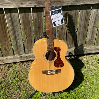 Guild F-2512E 12 string Natural