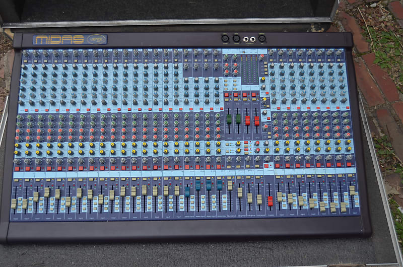 Midas Venice 320 32 channel analog mixer console with road case live studio  broadcast