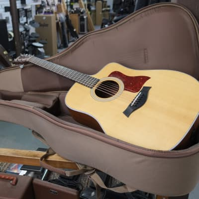 Taylor 210CE 2016 Sitka/Rosewood