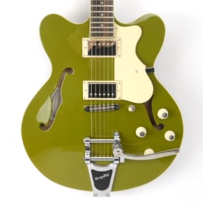 Hofner Hofner Verythin Limited Edition Bigsby Electric Guitar, Matt Green