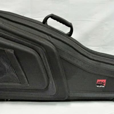 "91dcf54da4 WolfPak Acoustic Guitar Polyfoam Case with Hygrometer 43.3"" L x 23.2"" W x  3.5"