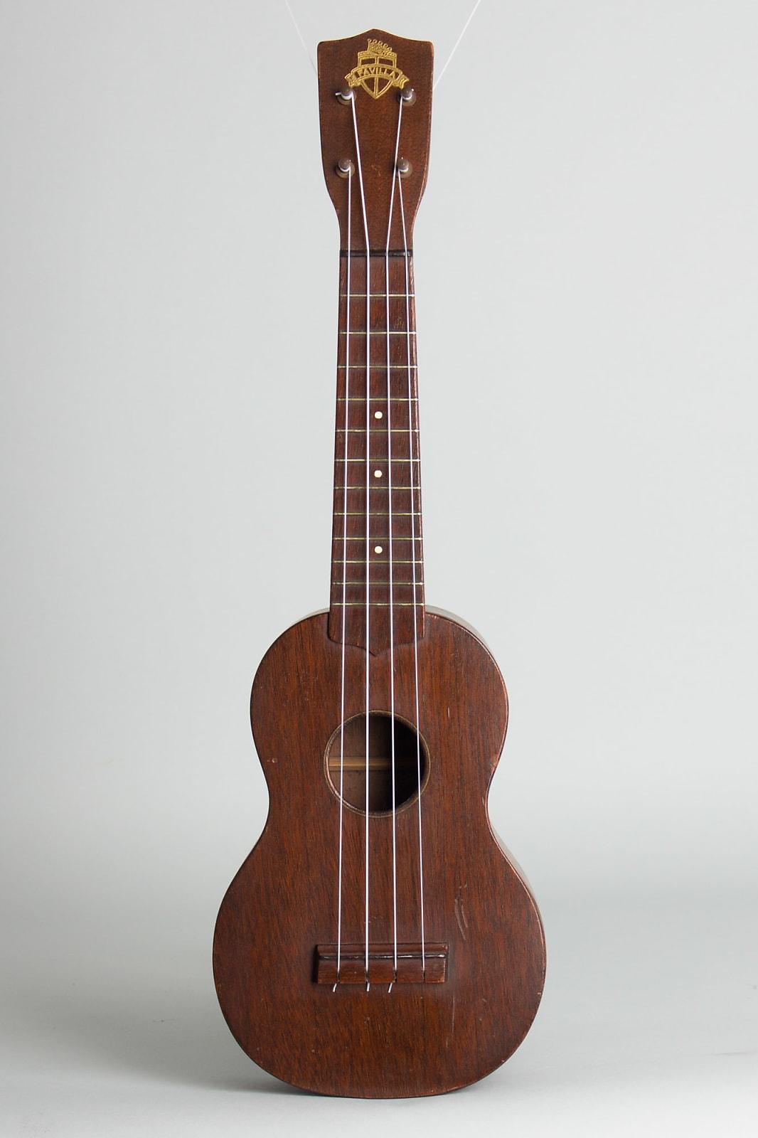 Favilla  Soprano Ukulele (1950s), gig bag case.