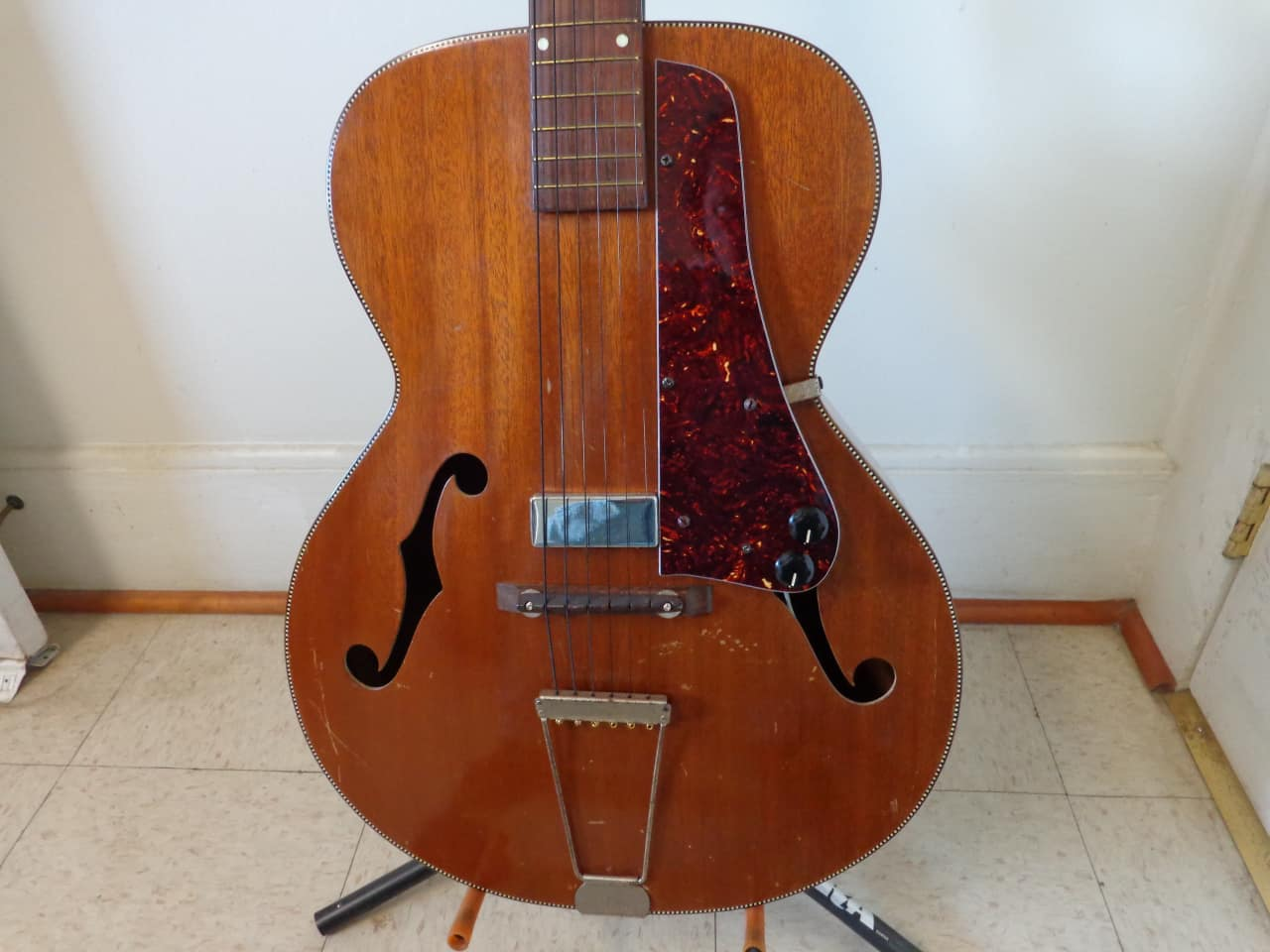 1930 S Orpheum Style M Electric Acoustic Archtop Guitar
