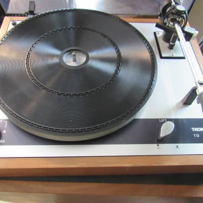 Thorens TD160B turntable with Magnepan Unitrac tone arm in excellent condition