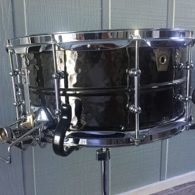 "Ludwig LB419KT Hammered Black Beauty Super-Sensitive 6.5x14"" Brass Snare Drum with Tube Lugs 1999 - 2016"