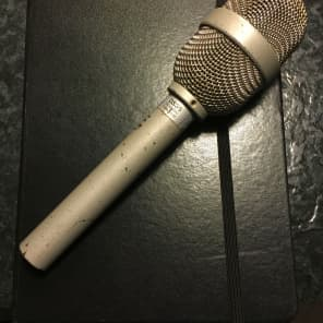 Electro-Voice DS35 Cardioid Dynamic Microphone