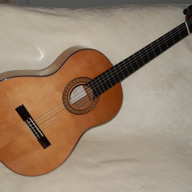 """WONDERFUL """"EL VITO"""" CONCERT YJC - HAND MADE ALL SOLID WOODS CLASSICAL GUITAR image"""