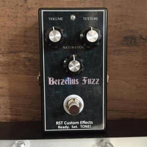 NEW! RST Custom Effects Berzelius Fuzz Black FREE SHIPPING!