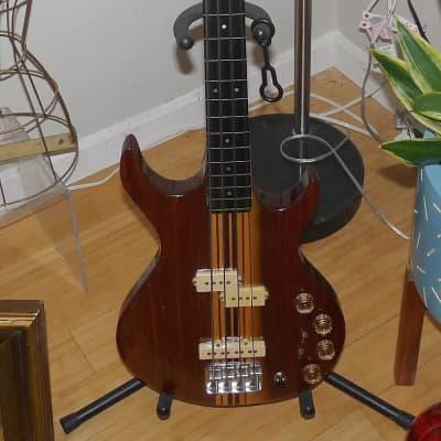 RARE Kramer Dark Natural Maple Finish Fretless DMZ 5000 1978-9 Aluminum Neck Bass Guitar/OHSC for sale