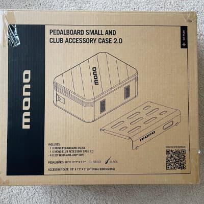Mono Small Pedalboard With 2.0 Club Accessory Case