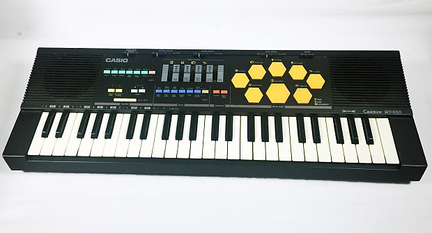 vintage casio mt 520 keyboard output synthesizer drum pad reverb. Black Bedroom Furniture Sets. Home Design Ideas