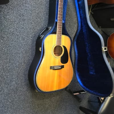 Yamaki YW-30 acoustic guitar made in Japan 1970s In Excellent condition with original hard case for sale