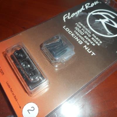Floyd Rose R-2 Nut For 1000 Series Tremolos - BLACK NICKEL, FR1NR2BN