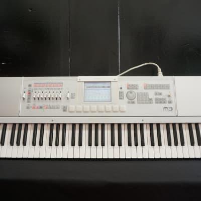 Korg M3 Music Workstation Sampler 73 Key Synthesiser Sampler W/ MIDI & Effects