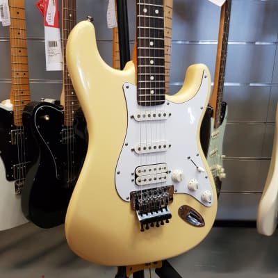Fender   Stratocaster Special Hss Floyd Rose Made In Usa for sale