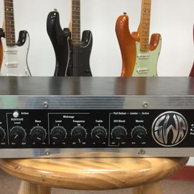 buy used bass guitar amp heads audiofanzine. Black Bedroom Furniture Sets. Home Design Ideas