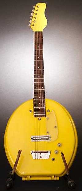 Excellent Danelectro Toilet Seat Guitar 1969 Yellow Doug Tulloch Machost Co Dining Chair Design Ideas Machostcouk