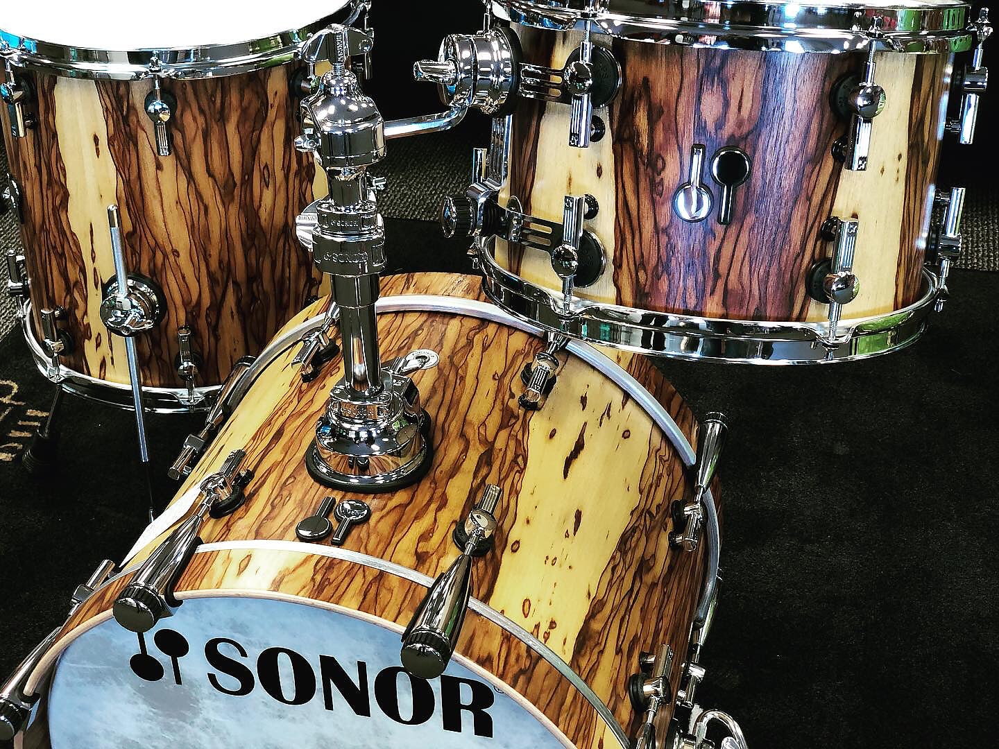 Sonor SQ2 African Marble Over Vintage Maple 3pc Bop Drumset
