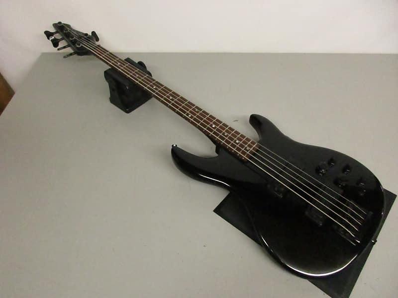 peavey dyna bass 5 string bass guitar black reverb. Black Bedroom Furniture Sets. Home Design Ideas