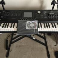 Roland V-Synth GT + original manuals, cd, & nice gig bag