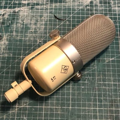 Golden Age Project R1 MKII Ribbon with pouch