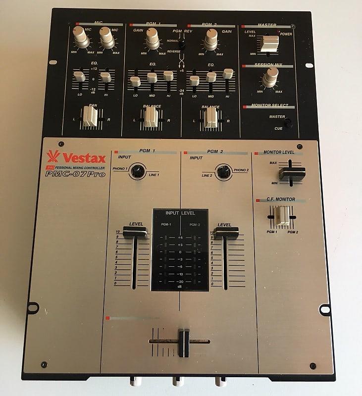 Vestax PMC 07 Pro DJ Battle Scratch Mixer | Hank Olsen