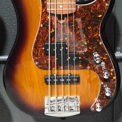 Benavente  Classic PJ 5 string  Tburst for sale