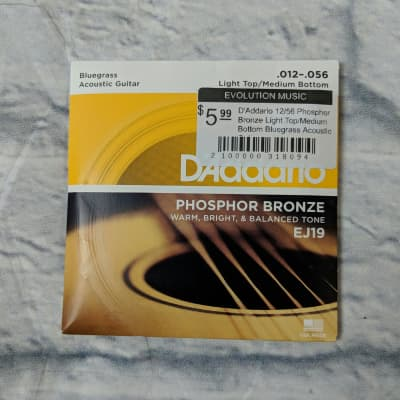 D'Addario 12/56 Phospher Bronze Light Top/Medium Bottom Bluegrass Acoustic Guitar