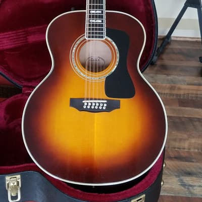 Guild JF65-12  SB (F412) (F512 Maple)