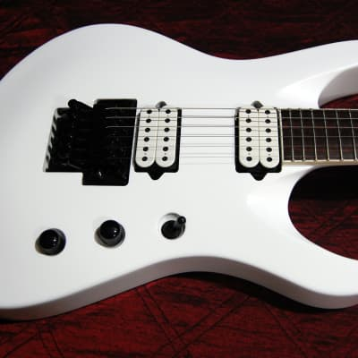 MINT! Jackson Pro Series Signature Chris Broderick Soloist 6 Snow White Authorized Dealer Megadeth